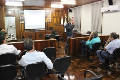 Audiência Pública define aplicação de recursos do PAM na recuperação da malha viária.